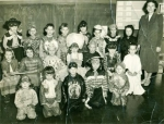 Mrs. Cohen's /Miss Beck's 1st grade class in Winfield School.  1st row left to right:  Barbara Keyworth, Carolyn Maran